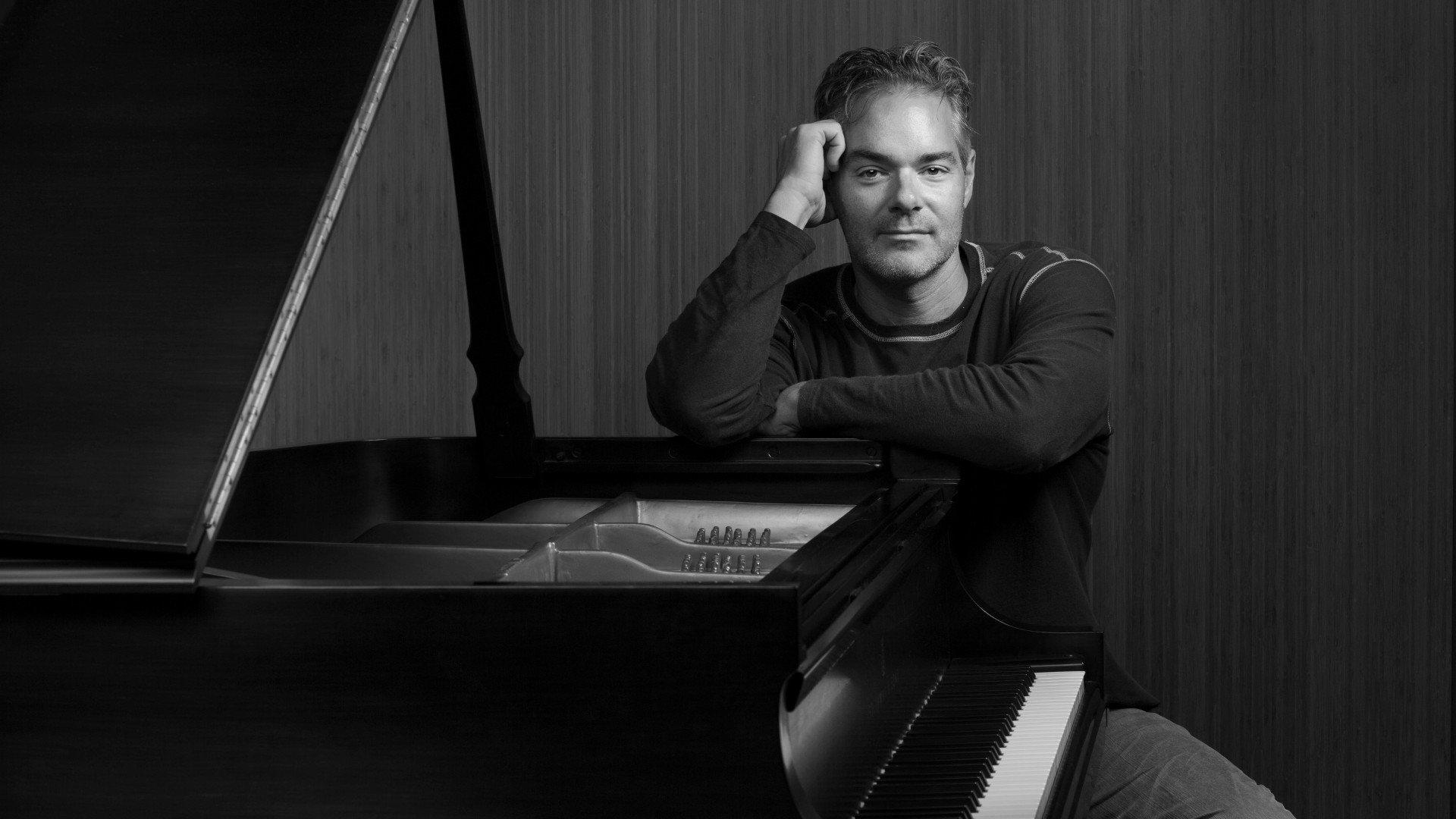 Marco Beltrami - Official Website for the Oscar-nominated Composer